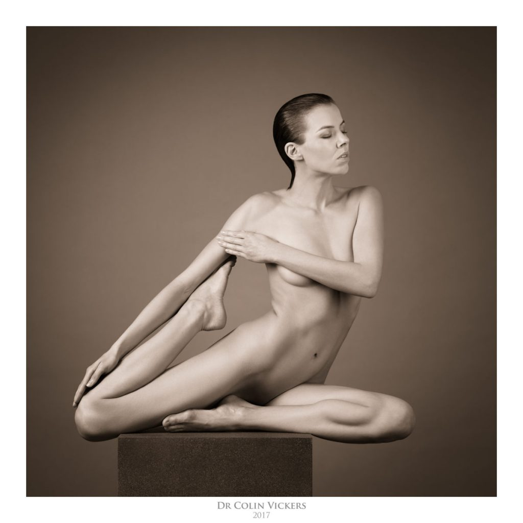 Sculptural Fine-Art Nudes with Denisa Strakova - a Photo Workshop by Dr Colin Vickers