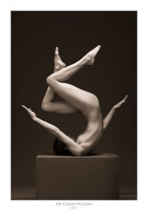 Fine Art Photographer Vienna - Denisa Strakova - Abstract Pose