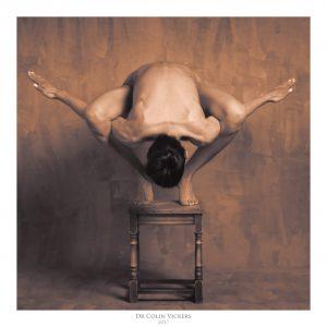 Fine Art Nude Photographer Vienna - Abstract Nude of Woman On Stool in Painterly Style