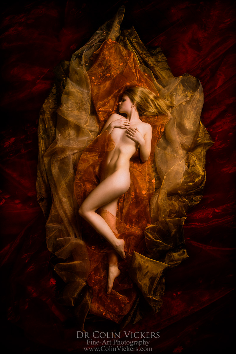 Nude with Flowing Fabrics